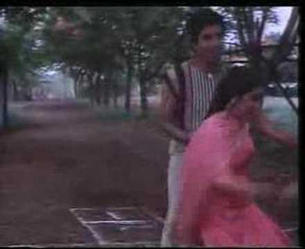 Mere Pyar Ki Umar Ho - Waaris video