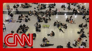 Hong Kong airport cancels all flights as protests continue