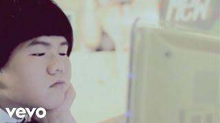 林育群 Lin Yu Chun - 一個人生活