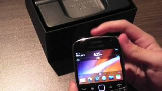 Unboxing BlackBerry Bold 9900