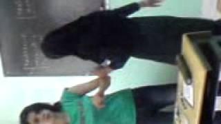 دانش آموز رقاص 001