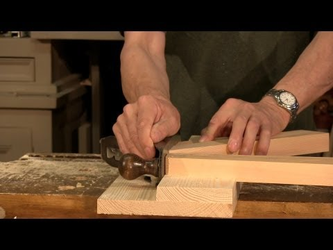 Paul Sellers shows how to make a Shooting Board