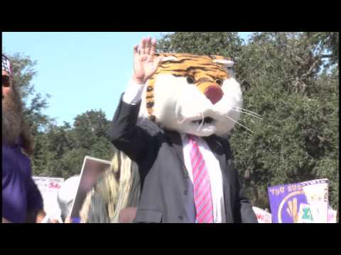 Lee Corso Chooses LSU on College Gameday