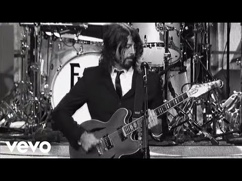 Foo Fighters - Bridge Burning (Live on Letterman)