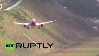Portugal: Watch pilots land in crazy crosswinds at Europe