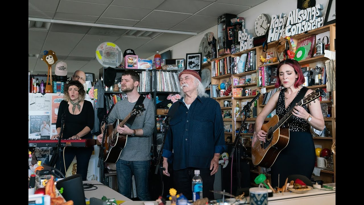 "David Crosby & The Lighthouse Band - NPR Music Tiny Desk Concertにて""What Are Their Names""など4曲を披露 ライブセッション映像を公開 thm Music info Clip"