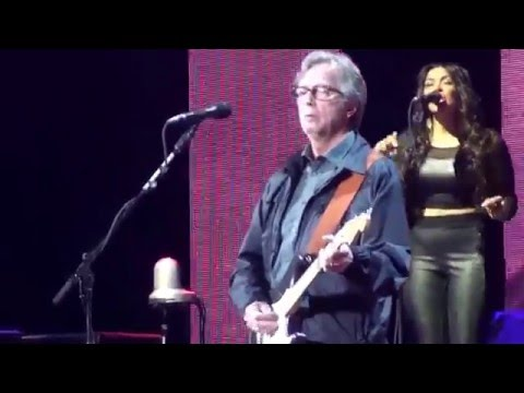 Robbie Robertson and Eric Clapton - I Shall Be Released - Crossroads 2013