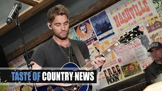 Download Lagu Katy Perry + Brett Young Got Their Start at the Same Venue Gratis STAFABAND
