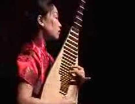 Chinese music -  traditional pipa solo  by Liu Fang  