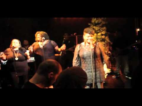 Jill Scott Performs Live in NYC, debuts new song about Ex, & brings out Anthony Hamilton!
