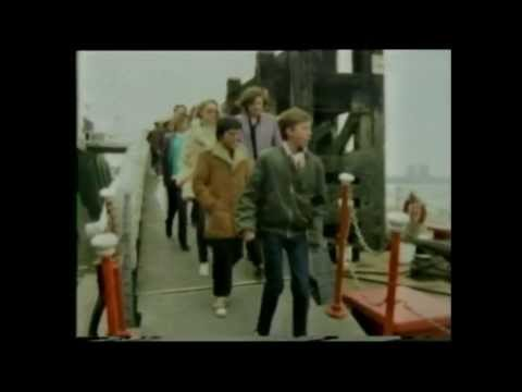 English Programme 1981 - Images Of Dockland
