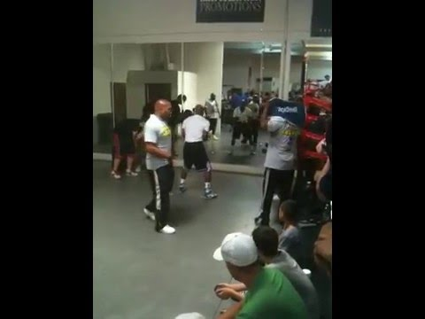 Floyd Mayweather Jump Rope Routine July 21, 2011 Image 1