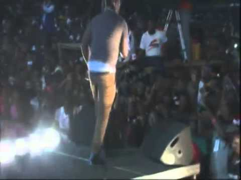 Wande Coal - Wande Coal Performs Live @ Calabar Festival 2012