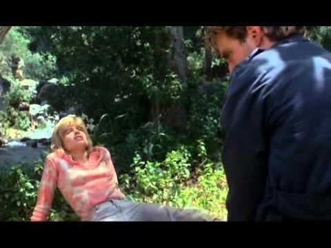Terminator [1984] - Deleted scene 4 - Sarah Fights Back