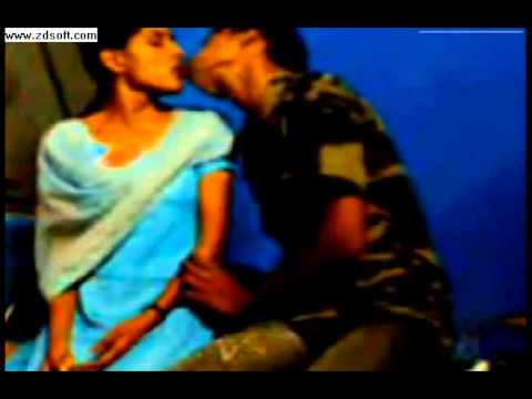 Hot Indian Girl Kissing With Her Boy Friend July 2013 video