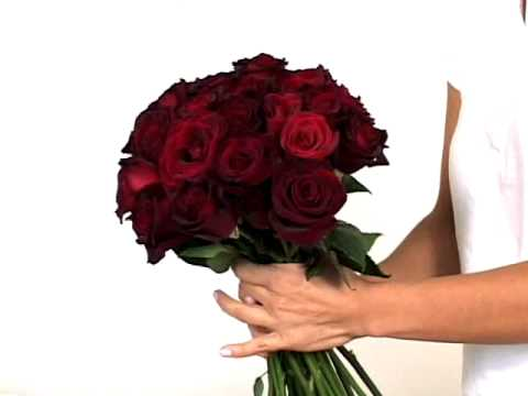 Create Fresh Roses Bouquet. Bridal Bouquets. Bridesmaid Flowers   GlobalRose