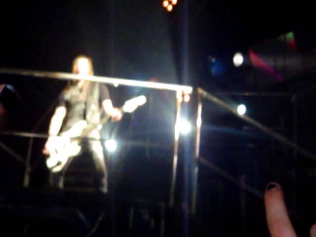Tokio Hotel - Alien - 03.04.10