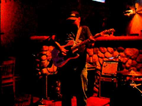 Chris Tofield Band - Goin' Nowhere Fast.AVI