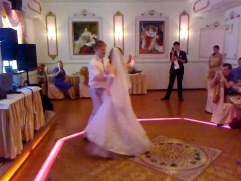 Виктория и Андрей «Свадебный вальс с элементами» Glenn Medeiros – «Nothing's Gonna Change My Love For You»