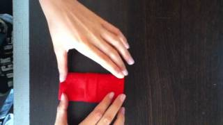 play tuto faire un range couvert en serviette couverts. Black Bedroom Furniture Sets. Home Design Ideas