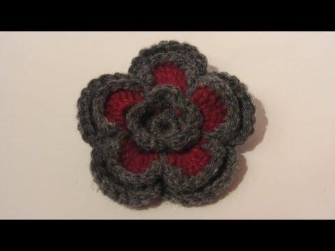 Manualidades. Flor doble de 2 colores con lana.