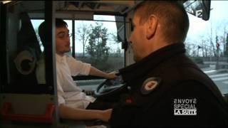 Le métier difficile de chauffeur de bus.