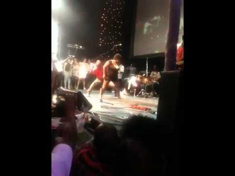 Alick Macheso Live video