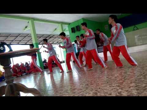 Modern dance SMPN 1 SAMPANG