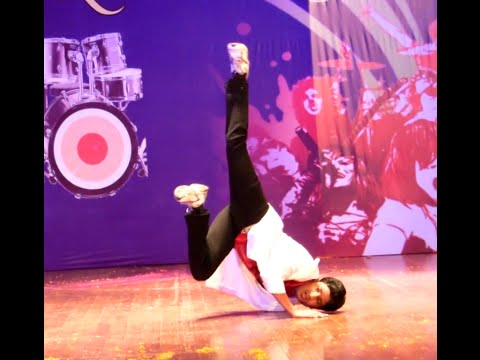 Bang Bang Kick PK 2014 Bollywood: Dance performance- Avinash...