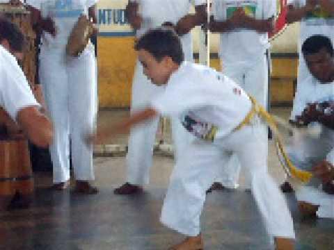 sindrome de down e a capoeira