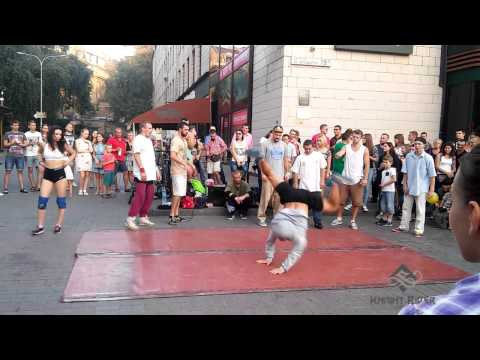 Уличные танцоры Киева, Вечерний Крещатик часть 2 - Street Dancers Kiev, Khreshchatyk Evening part 2