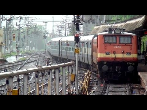 Chennai New Delhi Tamil Nadu Express Led By Imposing 5350hp Ed Wap-4 Arrives In Style At Nagpur Jn. video