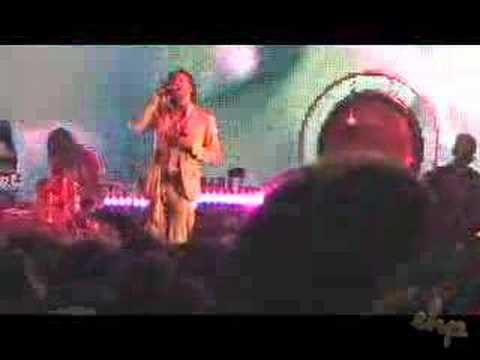 Flaming Lips - Yoshimi Battles The Pink Robots Extended