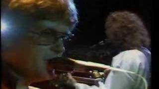 Vídeo 138 de Hymn