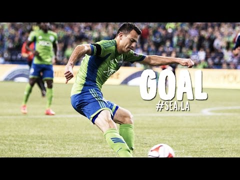 GOAL: Marco Pappa gets on the end of a Martins ball and buries it | Seattle Sounders vs. LA Galaxy
