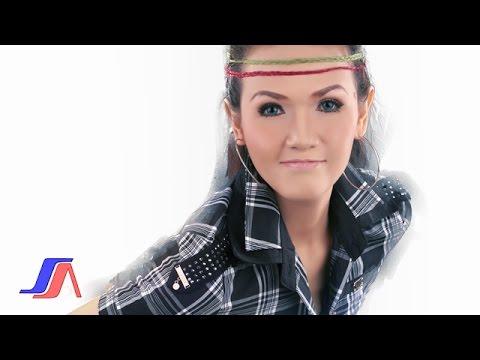 Tuty Wibowo - Basah Basah (Official Lyric Video)
