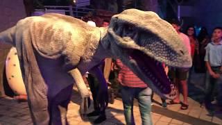 Dinosaur Attacking People at the Park| Dinosaur Park 2018-2019