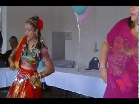 Leke Pehla Pehla Pyaar - Bollywood Dance for our Golden Seniors...
