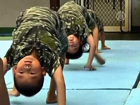 Садик тренирует детей, как морскую пехоту (новости)