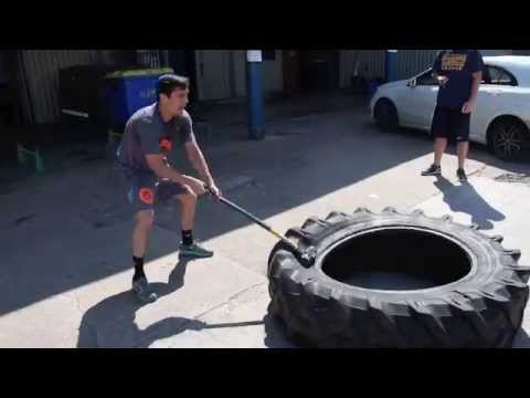 ANTHONY CROLLA TRAINING FOOTAGE @ GALLAGHER'S GYM - THE MASSIVE TYRE (& HAMMER)