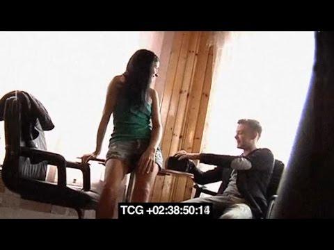 porno-video-s-elektrikom