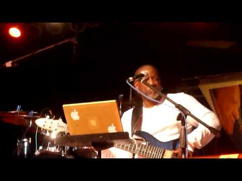 Norman Brown performs at Seabreeze Jazz Fest 2011.mp4