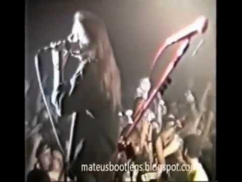 Andre Matos & Michael Kiske - LIVE (comparison)
