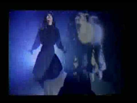 La Noche es Magica - Karina
