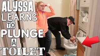 Alyssa Learns to Plunge the Toilet & SNOW TRIP!! || Mommy Monday