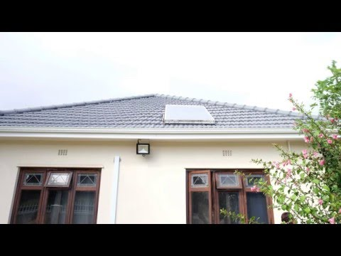 Solar-Powered Radio Recording at De Lille's House