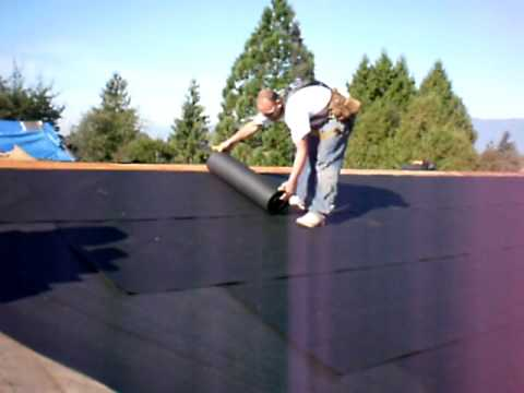 How To Tar Paper A Shingle Roof Valley Section Youtube