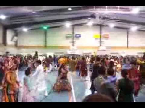 Atul Purohit Garba Brisbane 2013 video