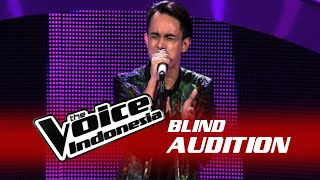 "download lagu Husein Taufik ""holy Grail""  The Blind Audition  gratis"