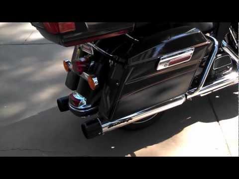 Screamin' Eagle Street Cannon Performance Slip-On Mufflers